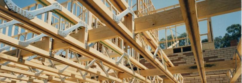 Как закрепить деревянные балки