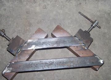 Струбцина своими руками, делаем угловую струбцину из металла